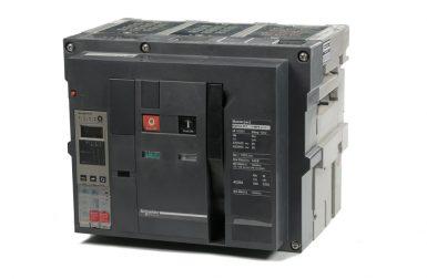 Air Circuit Breakers (A.C.B.)